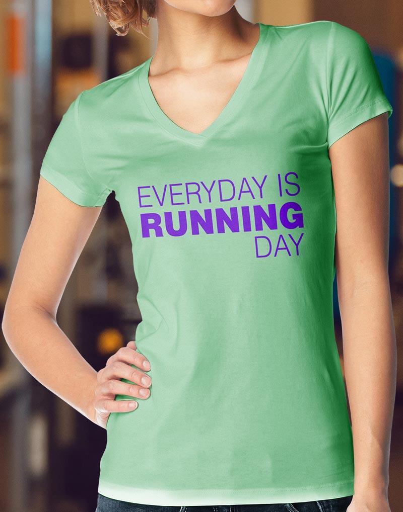 Camiseta de Corrida Feminina Gola V - EVERYDAY IS RUNNING DAY - Vem ... ac1d70b562b01